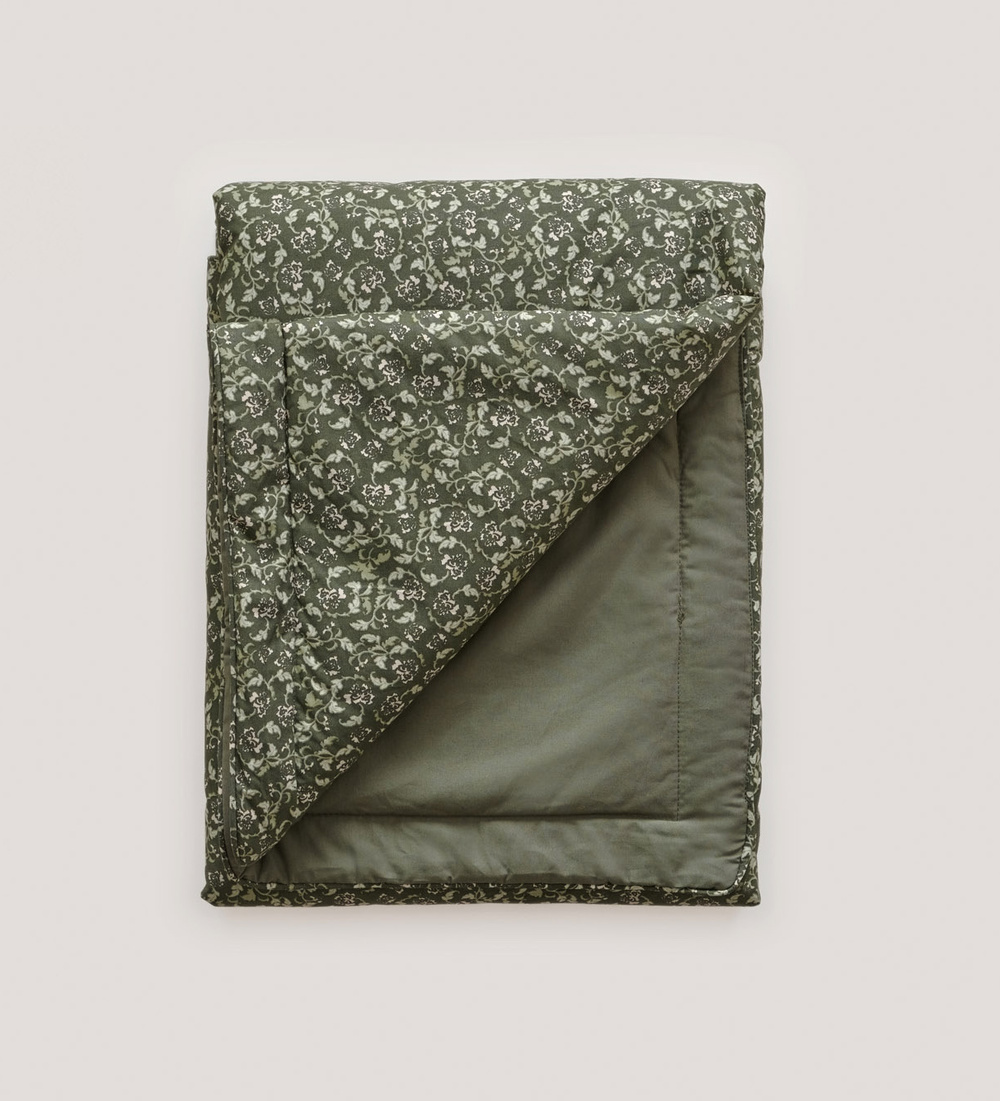 Floral Moss Bed Quilt1